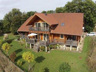 L'arrivée à Autoire: un beau village en France - Autoire vacation rentals