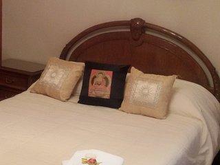 3 bedroom Condo with A/C in San Juan - San Juan vacation rentals