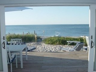 Luxury Beach Houses All Year 5 min Wineries Hamptons Families, bachelorette - Wading River vacation rentals