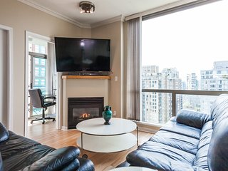 CITY VIEW 2BED 2BAD PARKING IN YALETOWN! - Vancouver vacation rentals