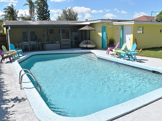 "Time to get a ""Round Tuit"".  Book now! - Lake Worth vacation rentals"