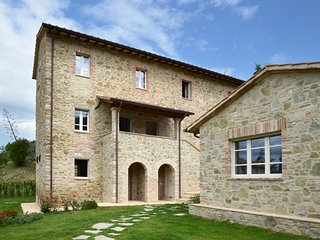 Nice Villa with Housekeeping Included and Television - San Feliciano sul Trasimeno vacation rentals