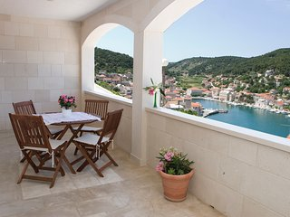Apartments Pučišća (one bedroom), Brač Island - Pucisce vacation rentals