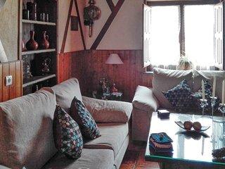 Villa Lola – a traditional, 4-bedroom house in rural Muelas del Pan– 1km from Sanabria Lake! - Ricobayo vacation rentals