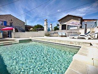 Nice 3 bedroom Cottage in Mortagne-sur-Gironde - Mortagne-sur-Gironde vacation rentals