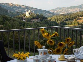 Nice House with Housekeeping Included and Television - Grizzana Morandi vacation rentals