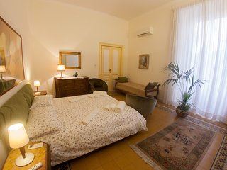 Casa Antonella : maison de charme a Napoli. B&B, casa vacanze, appartamenti. - Naples vacation rentals