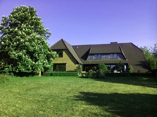 Nature, Meditation & Lake View near Hamburg - Beautiful Duplex (Maisonette) Apt. - Hoisdorf vacation rentals