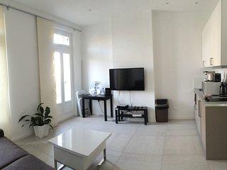 HYPER-CENTRE APPART T2 MODERNE BELSUNCE&VIEUX PORT - Marseille vacation rentals