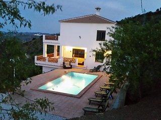 Villa de Vista - Comares vacation rentals