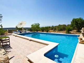 Ruberts- Nice and traditional country house w/pool in a small lovely village - Ruberts vacation rentals