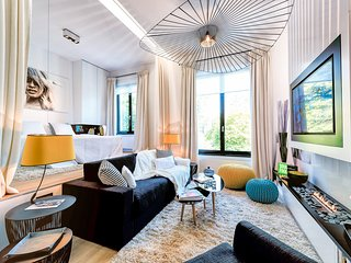 Louise Châtelain - Well-Designed One Bedroom Apt - Brussels vacation rentals