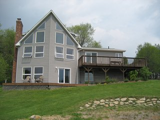 Bright 1 bedroom Vacation Rental in Belchertown - Belchertown vacation rentals
