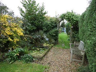 Charming 2 Bedroom Self Catering Cottage - Radnage vacation rentals