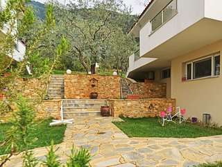 Beautiful 1 bedroom Apartment in Golden Beach with Internet Access - Golden Beach vacation rentals