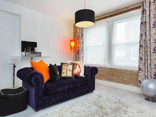 Sophisticated Soho - London vacation rentals
