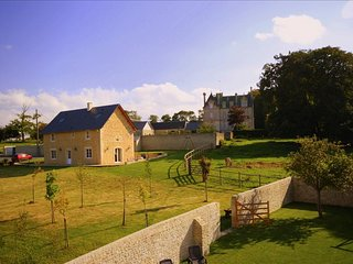 Beautiful old restored Presbytary near D-Day - Mosles vacation rentals