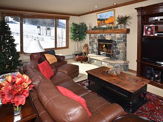 50% OFF FOR OPEN DATES IN APRIL! Ski-In/Ski-Out With Views To Die For - Beaver Creek vacation rentals