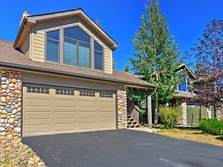 NEW! 3BR Estes Park Townhouse w/Mountain Views! - Estes Park vacation rentals