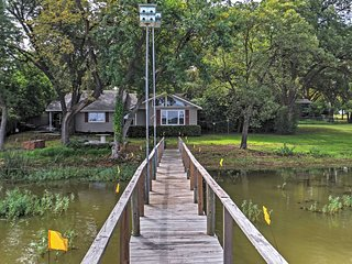 Lakefront 2BR Fort Worth House w/Private Dock! - Fort Worth vacation rentals