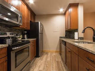 Pines Condominium 2051 - great views and awesome pool/hot tub area, on shuttle - Keystone vacation rentals
