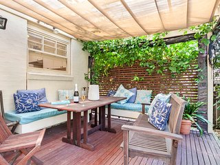 Character Filled Family Home Close to Beaches - Balgowlah vacation rentals