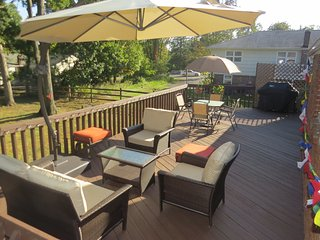 Cozy 3 Bedroom ENTIRE House in West Orange NJ - West Orange vacation rentals