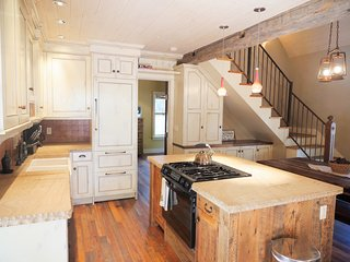 Best Home in Crested Butte! Walk to Everything! - Crested Butte vacation rentals