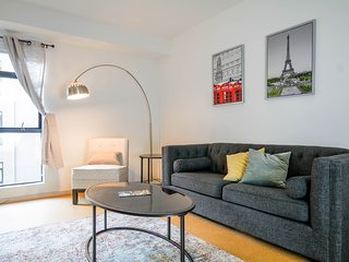 Luxury Hollywood Apartment 2B2B - West Hollywood vacation rentals