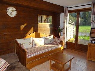 TB duplex 6/8 p. rez-de-j SW proche centre Samoëns - Samoens vacation rentals