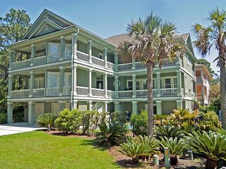 Bright 7 bedroom House in Hilton Head with Internet Access - Hilton Head vacation rentals