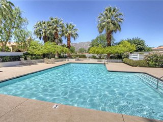 Lovely House with A/C and Shared Outdoor Pool - La Quinta vacation rentals