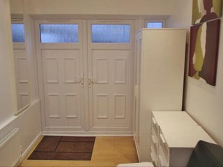 Lovely 1bedroom self contained in Wembly area - Wembley vacation rentals