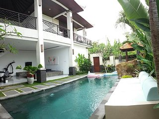 Rare Private villa with Full Sunset And Paddy view - Canggu vacation rentals