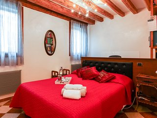 Perfect 1 bedroom Condo in Province of Venice with A/C - Province of Venice vacation rentals