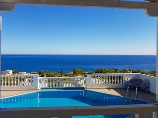 Gorgeous house with pool & sea view - Achlia vacation rentals