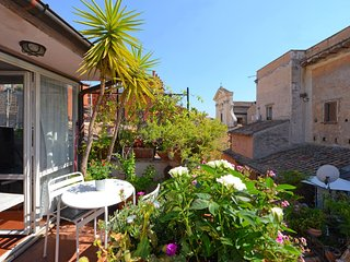 Scala luxury terrace studio - Rome vacation rentals