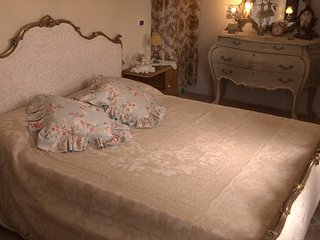 Il Calderone Guest House - Camera Agrimonia - Borghetto d'Arroscia vacation rentals