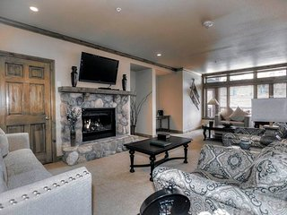 Lion Square - East 215 - Vail vacation rentals