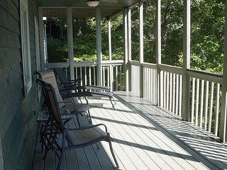 Town Mountain Manor-Hot tub-Theatre-Mountain Views - Asheville vacation rentals