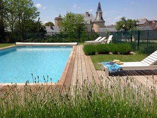 Gite Cerise a spacious stylish gite with a pool - Bournazel vacation rentals