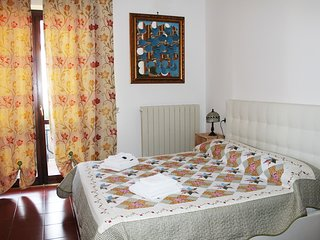 Bright 2 bedroom Bed and Breakfast in Santa Maria degli Angeli with Internet Access - Santa Maria degli Angeli vacation rentals