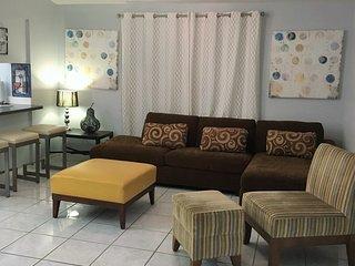 UCF Area Vacation/Corporate House Great Value! - Alafaya vacation rentals