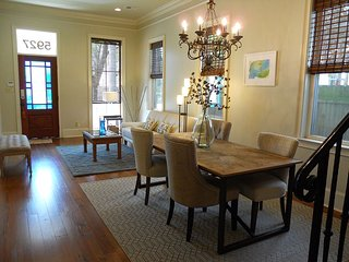 Impeccable Uptown Classic Town Home Gem. - New Orleans vacation rentals