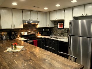 Remodeled 1 Bedroom Condo, Walk to Ski Lifts - Park City vacation rentals