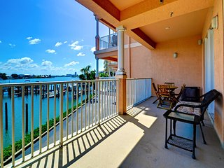 Harborview Grande 202 Waterfront Condo   Sweeping View of Intra-Coastal Waterway    Boat Slip available. - Clearwater Beach vacation rentals