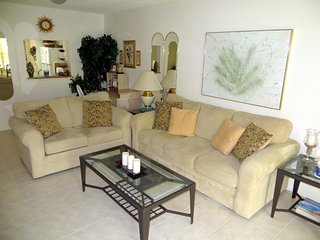 Beautiful 2 BR / 2 BA condo in Wildewood Springs #1050 - Bradenton vacation rentals