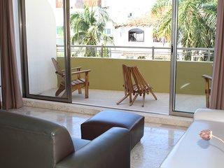 Ocean Plaza condo 2BR Down Town by KVR - Playa del Carmen vacation rentals
