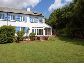 Lovely House with Internet Access and DVD Player - Bishopsteignton vacation rentals