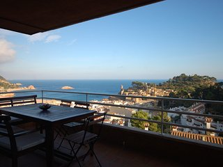 APARTAMENT SEA VIEWS COSTA BRAVA - Tossa de Mar vacation rentals
